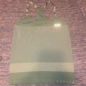 Oakley gym tank top